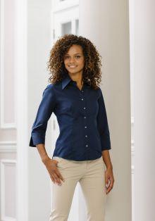 Modisch körperbetonte Bluse aus Tencel® mit Dreiviertelärmeln